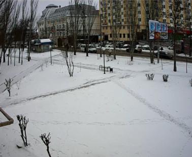 Астрахань. Веб камера онлайн сквер Нефтяник