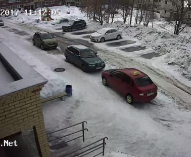 Глазов. Веб камера онлайн улица К. Маркса, дом 18 камера 1