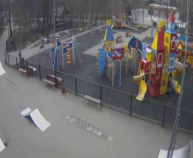 Парк «Сокольники». Веб камера онлайн детская площадка