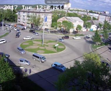 Уссурийск. Веб камера онлайн кольцо Садовая — Блюхера