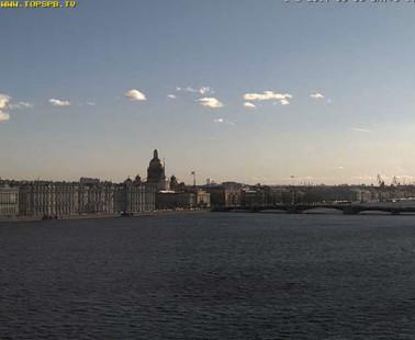 Санкт-Петербург. Обзорная веб-камера онлайн на Петропавловке
