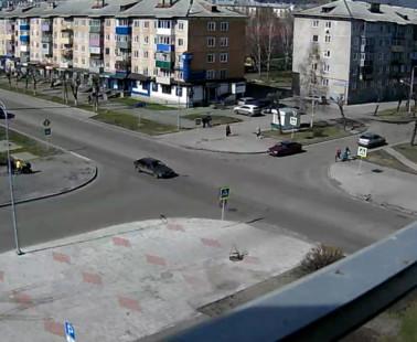 Междуреченск. Веб камера онлайн перекресток Строителей — Юдина