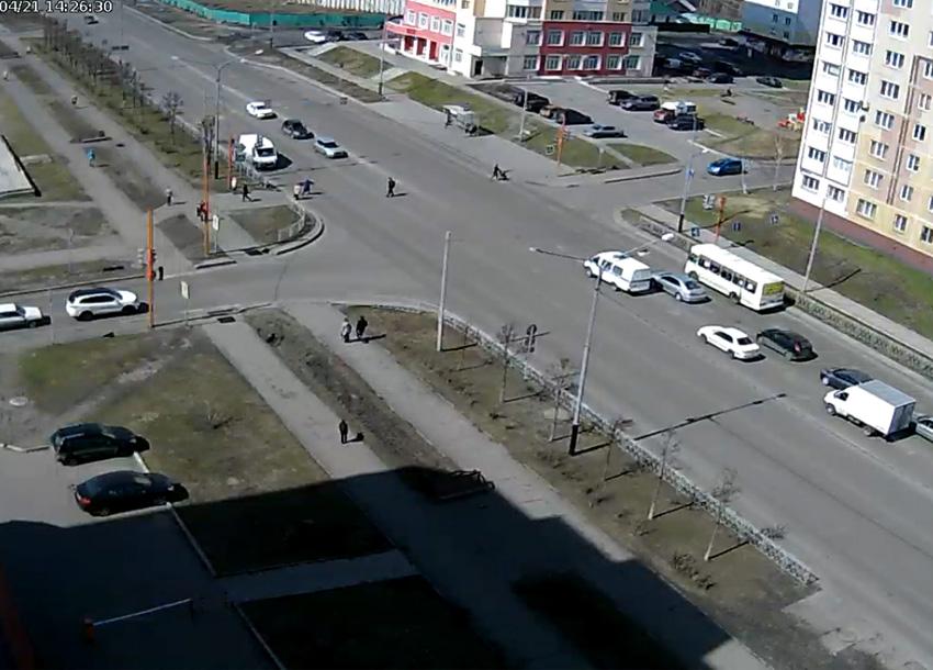 Междуреченск. Веб камера онлайн перекресток Шахтеров-Дзержинского