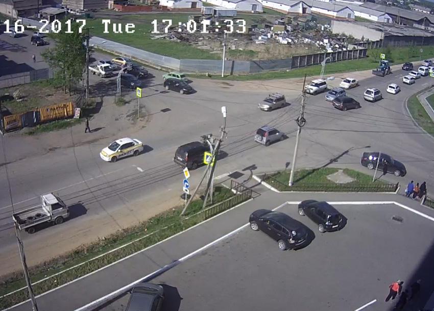 Уссурийск. Веб камера онлайн перекресток Чичерина-Мельничная