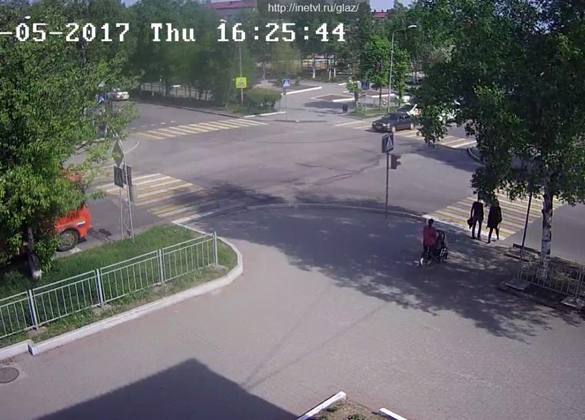 Уссурийск. Веб камера онлайн перекресток Суханова — Ленина