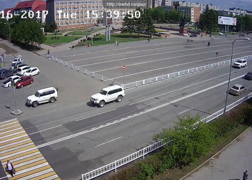 Уссурийск. Веб камера онлайн Центральная площадь