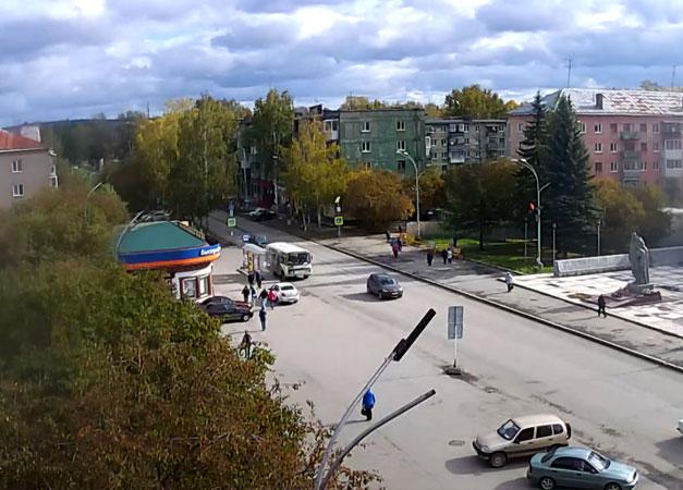 Полевской. Веб камера онлайн Площадь Солдата