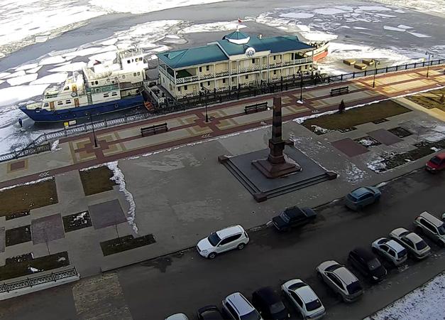 Астрахань. Веб камера онлайн памятник пограничникам