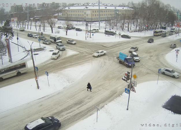 Бийск. Веб камера онлайн перекресток Васильева — Трофимова